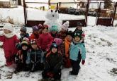 fotogalerie Stavíme sněhuláka